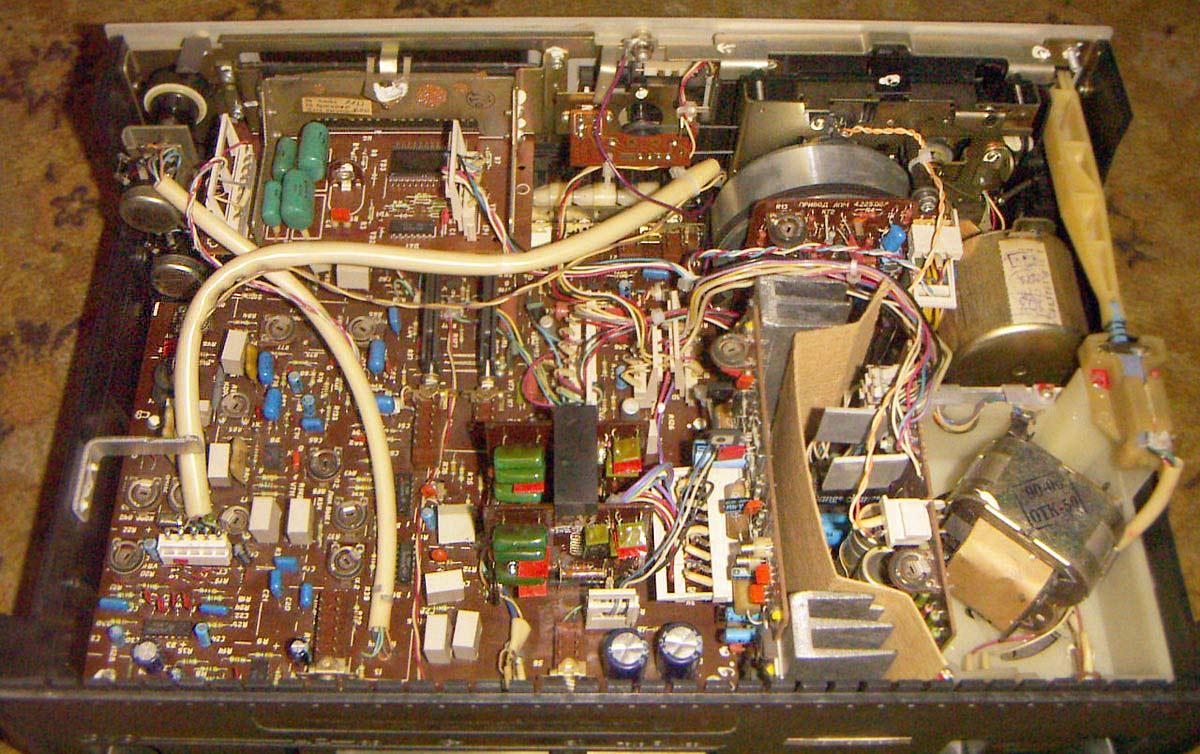 Схема магнитофона маяк 240 с 1 фото 612